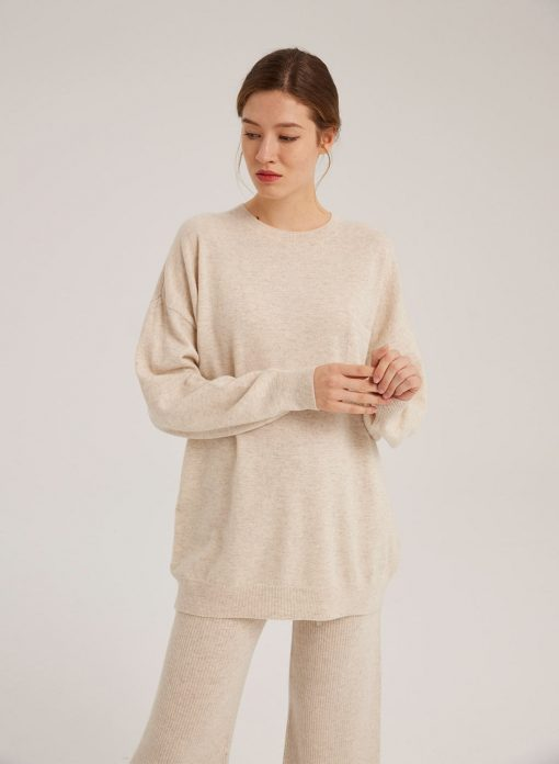 Round Neck Solid Color Wool Pullover
